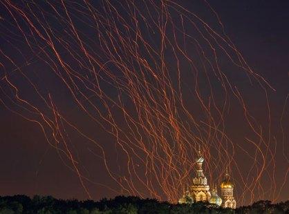 dmitry_lovetsky_paperlanterns