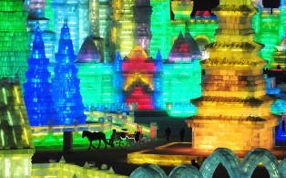 harbin_ice_festival_carriage_wonderland