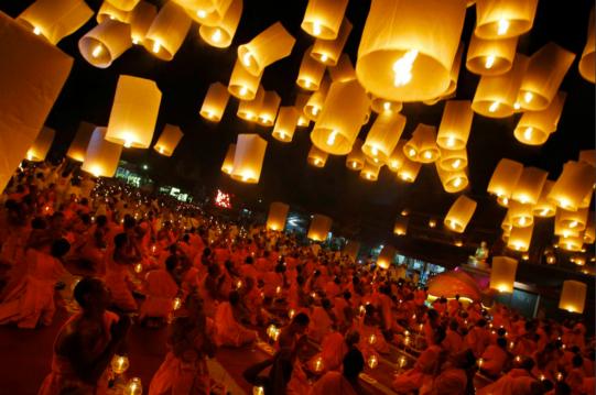 nyt_buddhist_lanterns