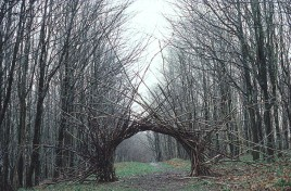 andy_goldsworthy_branch_arch