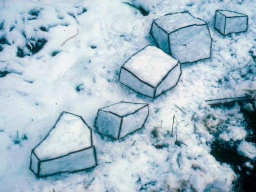 andy_goldsworthy_rough_cubes