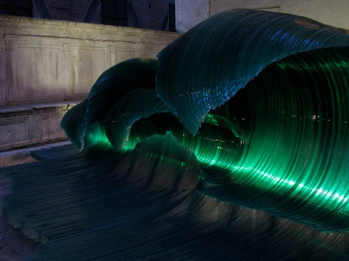 mario_ceroli_glasswave_backlit