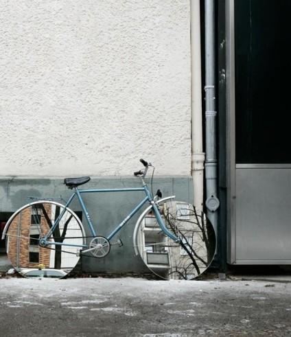 olafur_eliasson_mirrored_bikewheels
