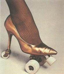 hi_heel_rollerskate