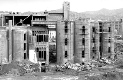 ricardobofill_cement_factory_before