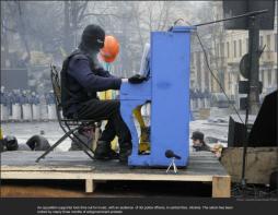 nytl_kiev_protest