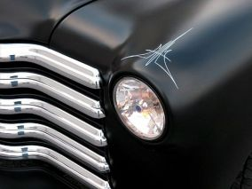 pinstriping_headlight